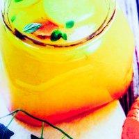 Boisson de curcuma-citron et gingembre bio !! Une boisson tonique et anti-inflammatoire !!