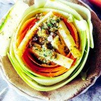"Déjeuner n°16 :""Tartelette GF habillée de sa spirale de légumes bio"""